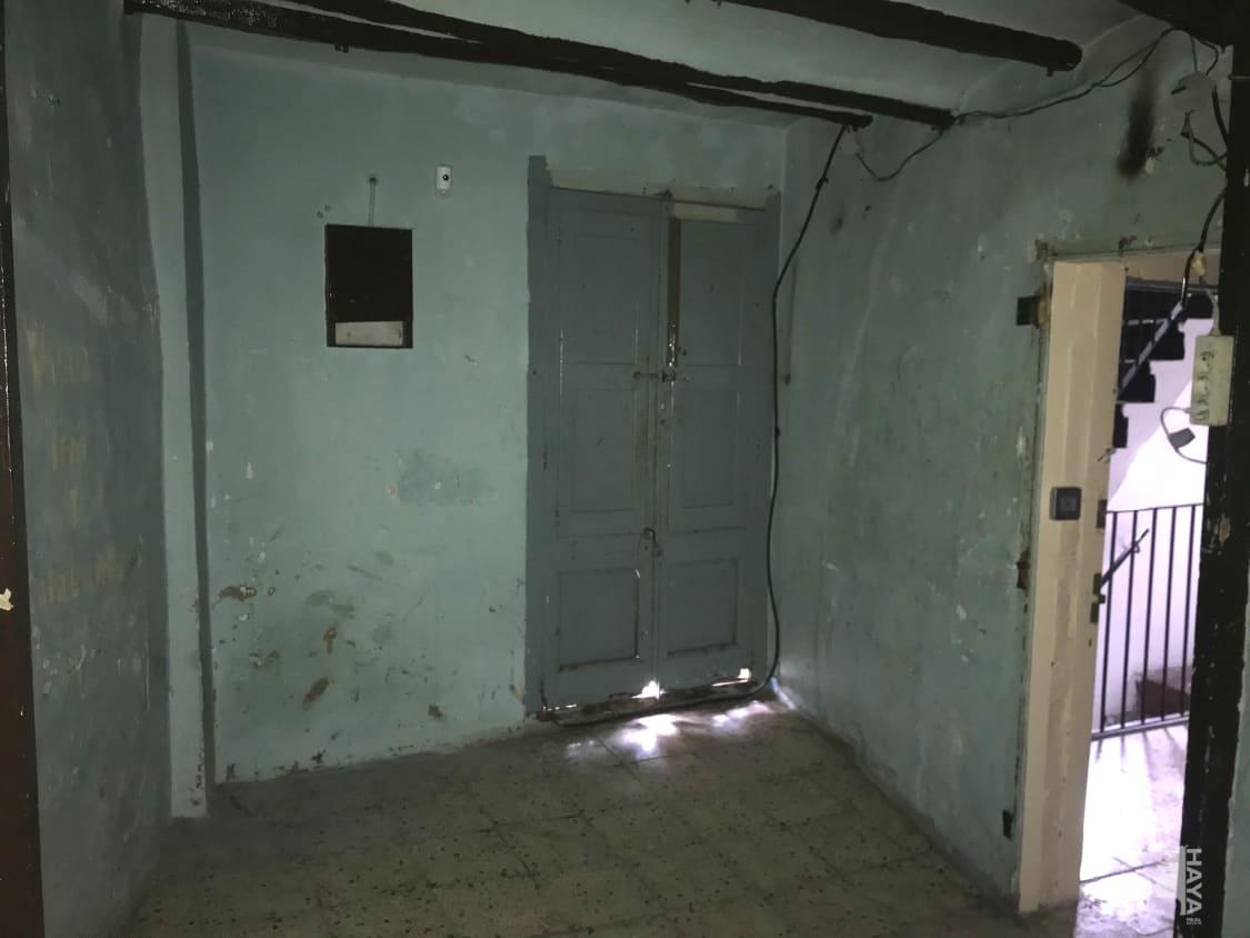 Piso en venta en Centre Històric de Manresa, Manresa, Barcelona, Calle Caputxins, 48.700 €, 3 habitaciones, 1 baño, 86 m2