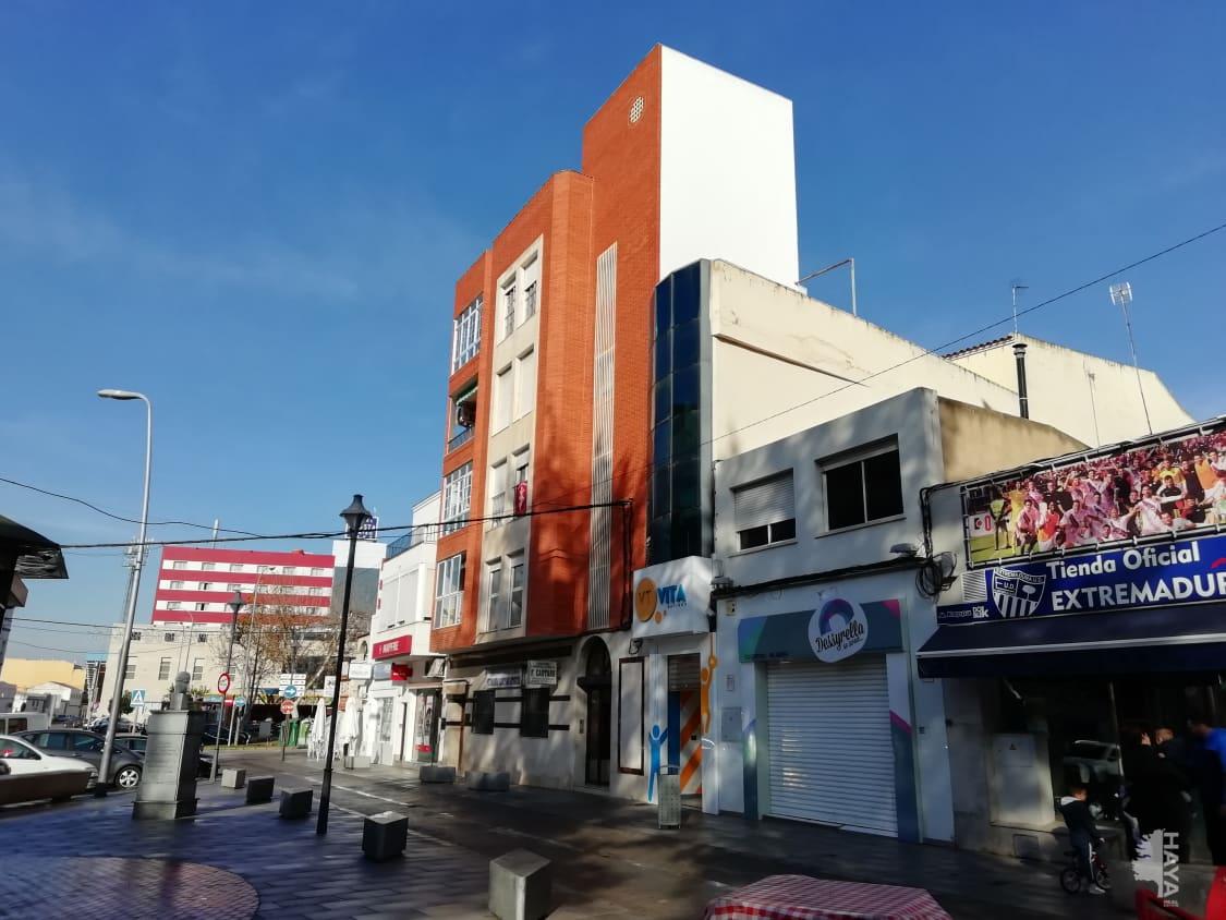 Piso en venta en Almendralejo, Badajoz, Calle Arturo Suarez Bercena, 84.700 €, 1 baño, 127 m2