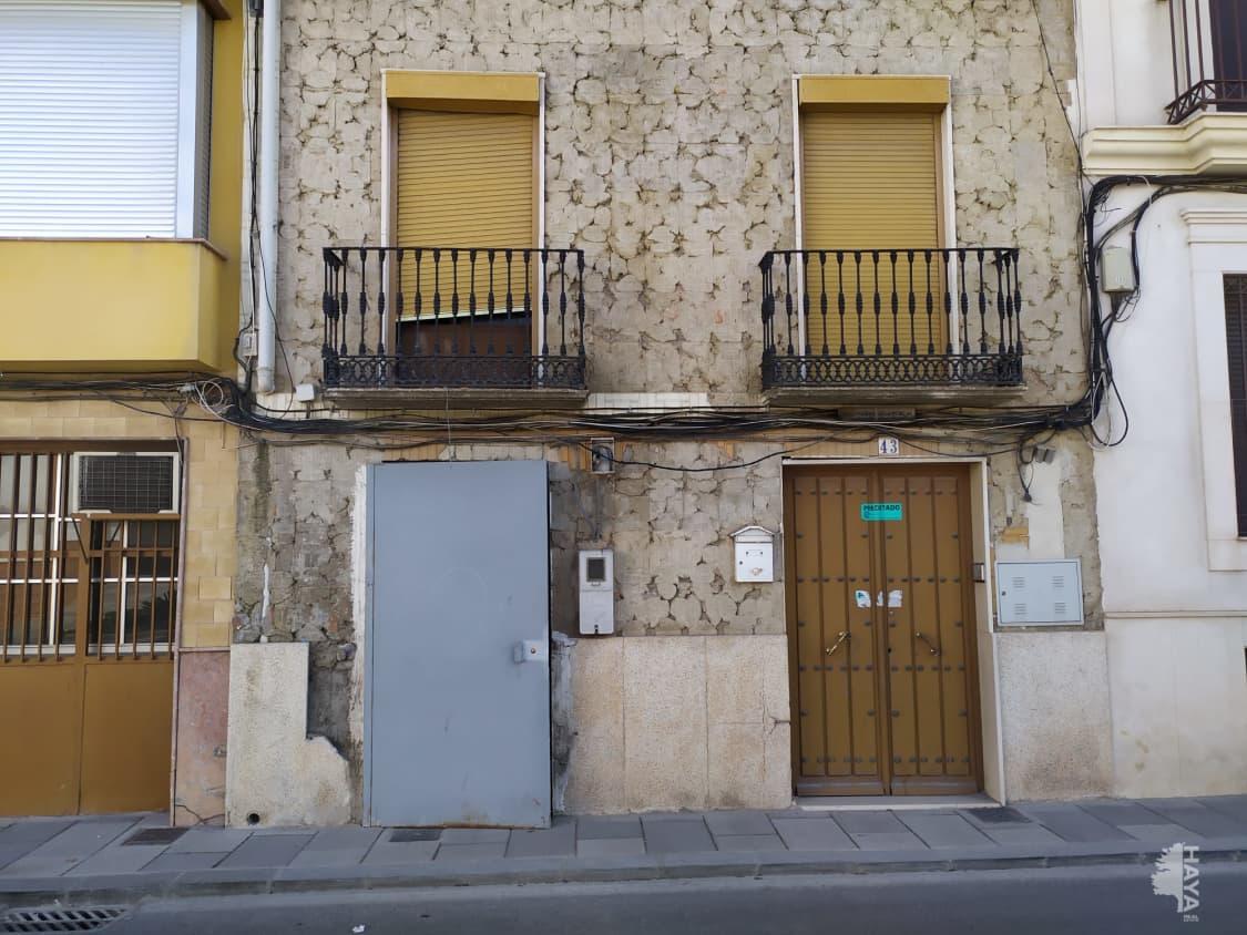 Piso en venta en Miragenil, Puente Genil, Córdoba, Calle Nueva, 58.000 €, 3 habitaciones, 1 baño, 124 m2