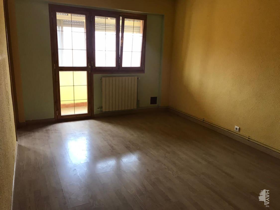 Piso en venta en Piso en Medina del Campo, Valladolid, 47.000 €, 3 habitaciones, 1 baño, 73 m2