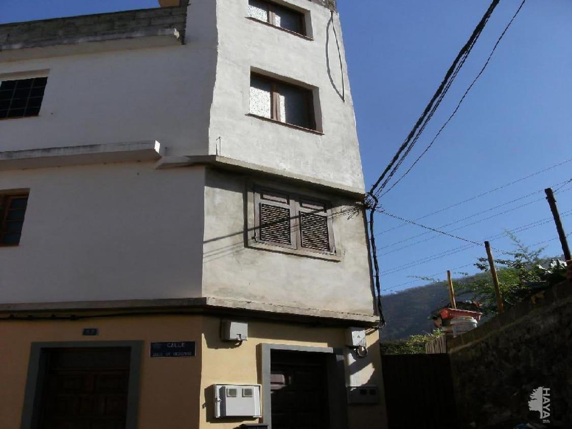 Piso en venta en Dehesa Alta, la Orotava, Santa Cruz de Tenerife, Calle Doce de Octubre, 84.000 €, 3 habitaciones, 2 baños, 136 m2