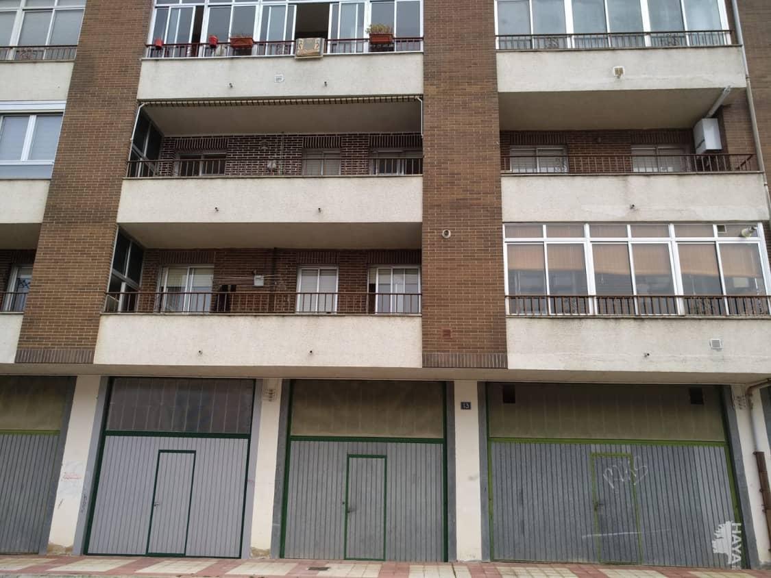 Piso en venta en Briviesca, Burgos, Plaza Hermanamiento, 42.000 €, 2 habitaciones, 1 baño, 62 m2