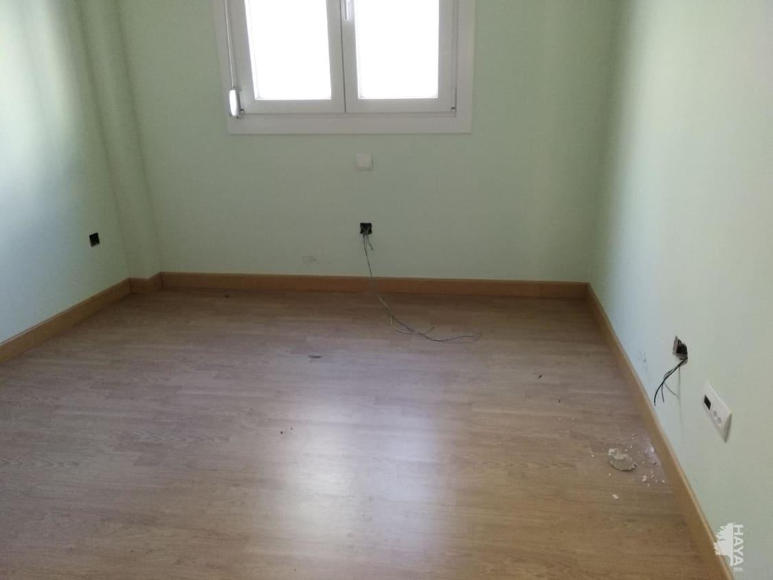 Piso en venta en Ramacastañas, Arenas de San Pedro, Ávila, Calle Sabina, 95.000 €, 3 habitaciones, 2 baños, 125 m2