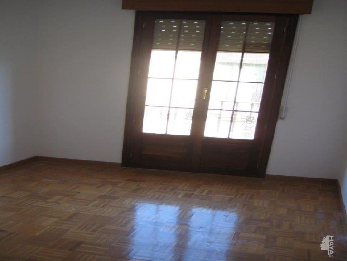 Piso en venta en Cacabelos, León, Calle Santa María, 59.500 €, 2 habitaciones, 1 baño, 97 m2