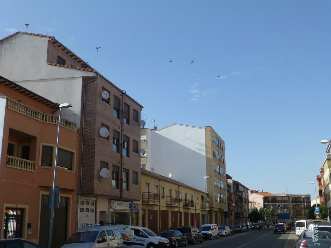 Piso en venta en Urbanización la Casina del Duque, Alba de Tormes, Salamanca, Calle Carrera Peñaranda, 80.000 €, 3 habitaciones, 2 baños, 114 m2