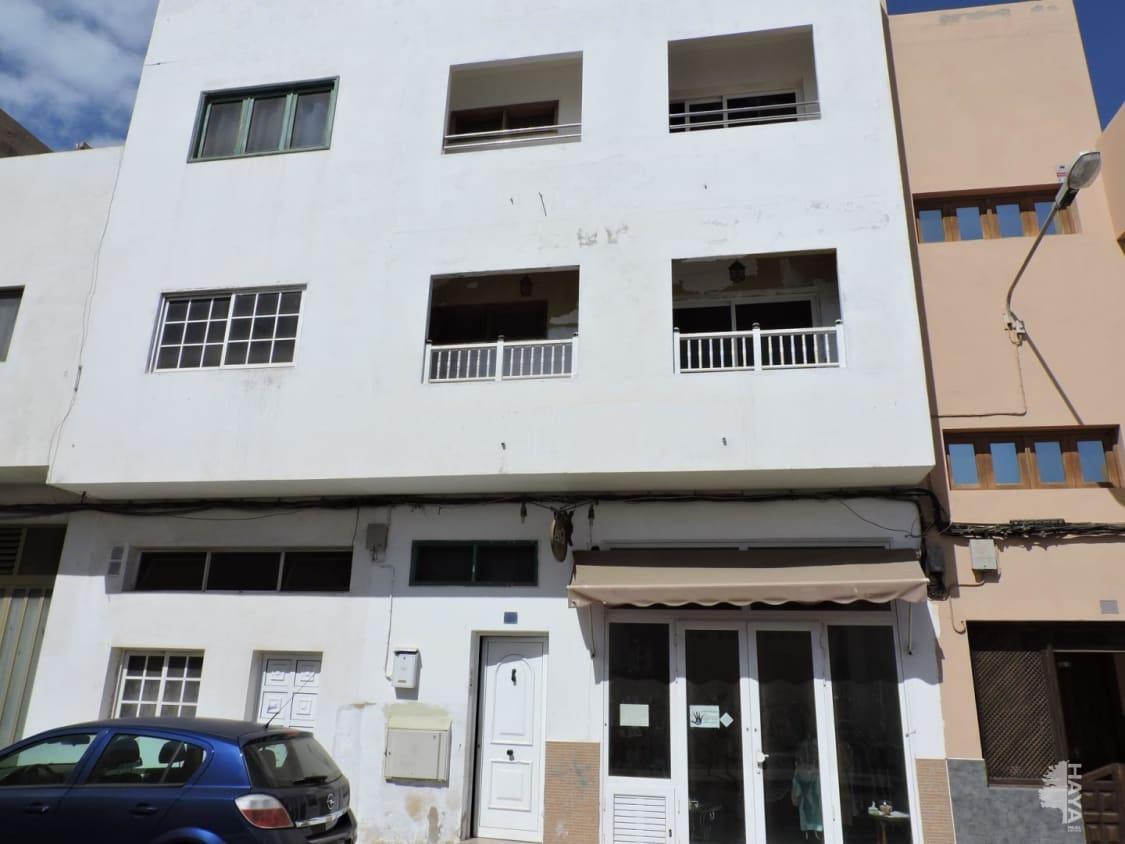 Piso en venta en El Charco, Puerto del Rosario, Las Palmas, Calle Juan Rejon, 94.000 €, 3 habitaciones, 1 baño, 92 m2