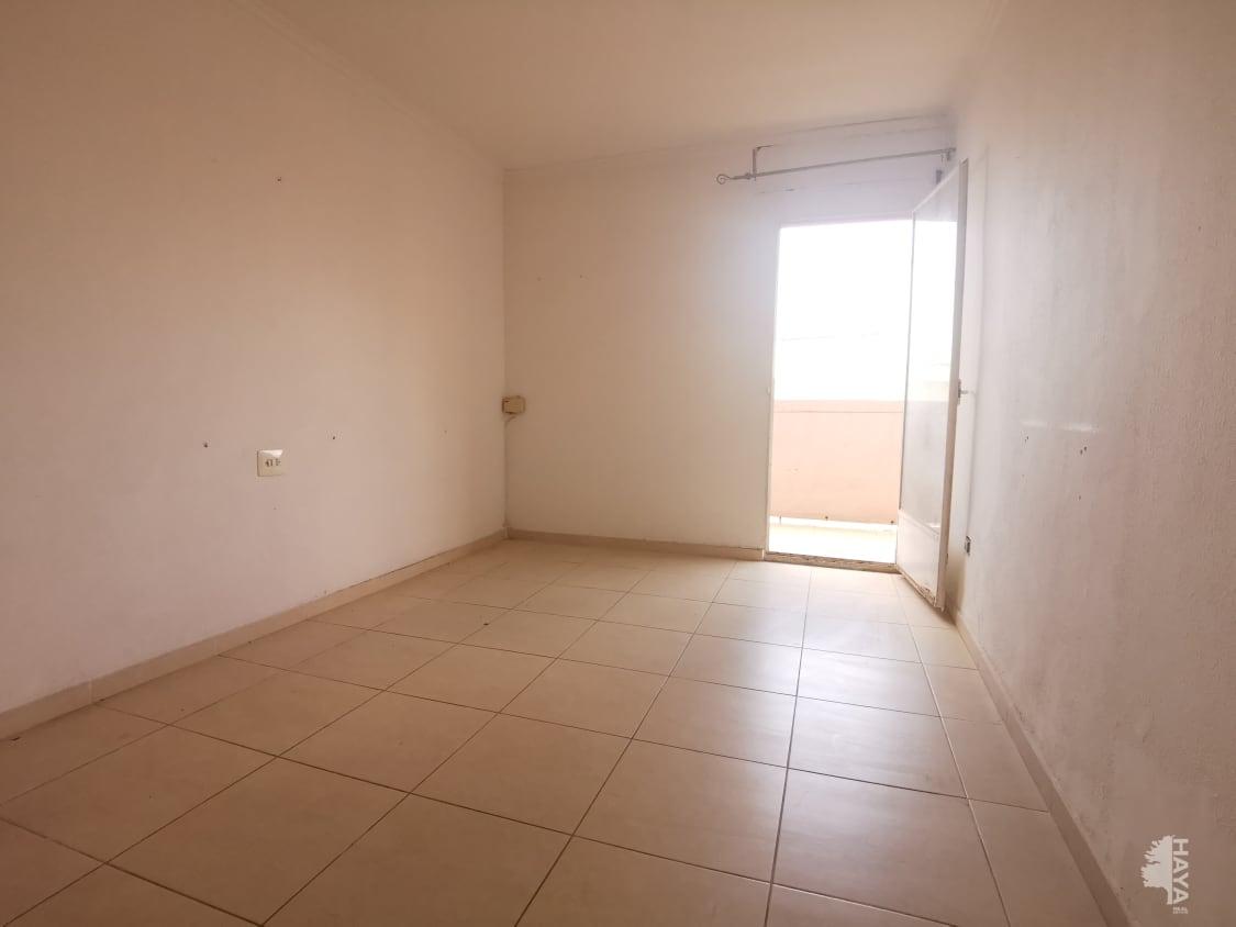 Piso en venta en Gandia, Valencia, Calle Pare Carles Ferris, 56.400 €, 4 habitaciones, 1 baño, 94 m2
