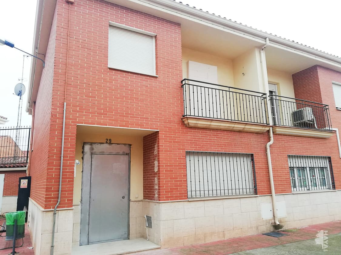 Casa en venta en Tomelloso, Ciudad Real, Calle Amparo, 72.800 €, 4 habitaciones, 2 baños, 138 m2