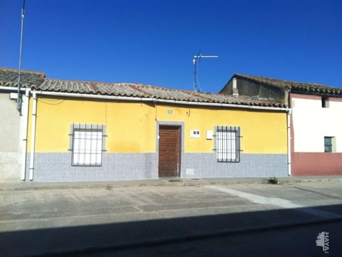 Casa en venta en Fuente El Sol, Valladolid, Calle Cantarranas, 27.500 €, 2 habitaciones, 1 baño, 92 m2