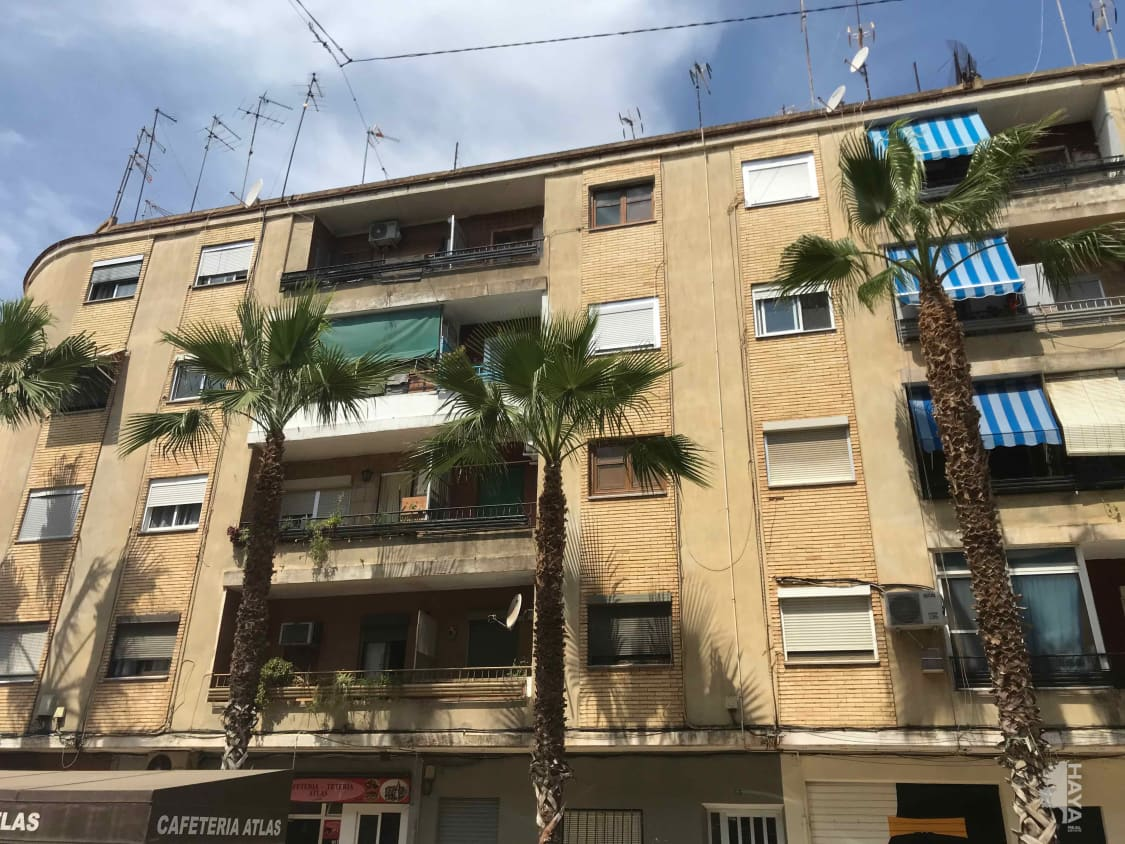 Piso en venta en Catarroja, Valencia, Avenida Rambleta, 48.500 €, 1 baño, 70 m2