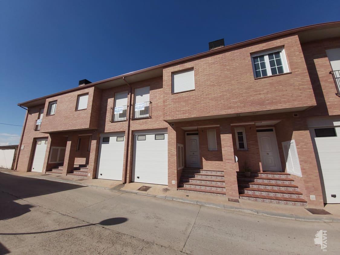 Casa en venta en Mallén, Mallén, Zaragoza, Calle Argensola, 195.600 €, 3 habitaciones, 4 baños, 264 m2