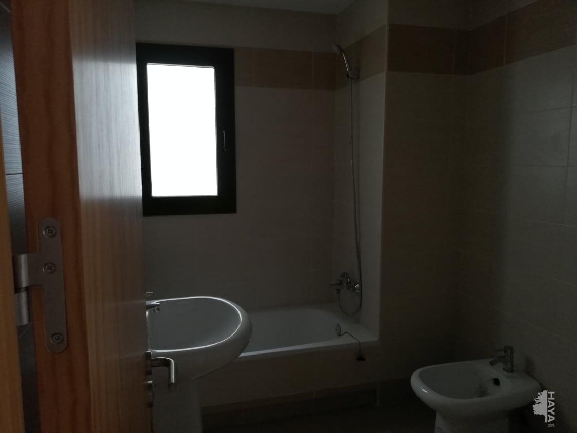 Piso en venta en Piso en Algeciras, Cádiz, 121.700 €, 3 habitaciones, 2 baños, 108 m2