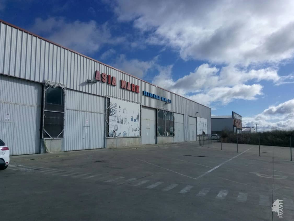 Industrial en venta en Valdefresno, León, Calle Madrid Arcahueja, 339.885 €, 1992 m2