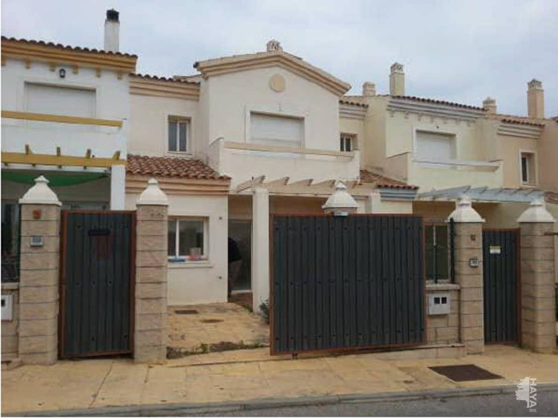 Casa en venta en Manilva, Málaga, Urbanización Vistas de la Rocas, 129.000 €, 4 habitaciones, 3 baños, 131 m2