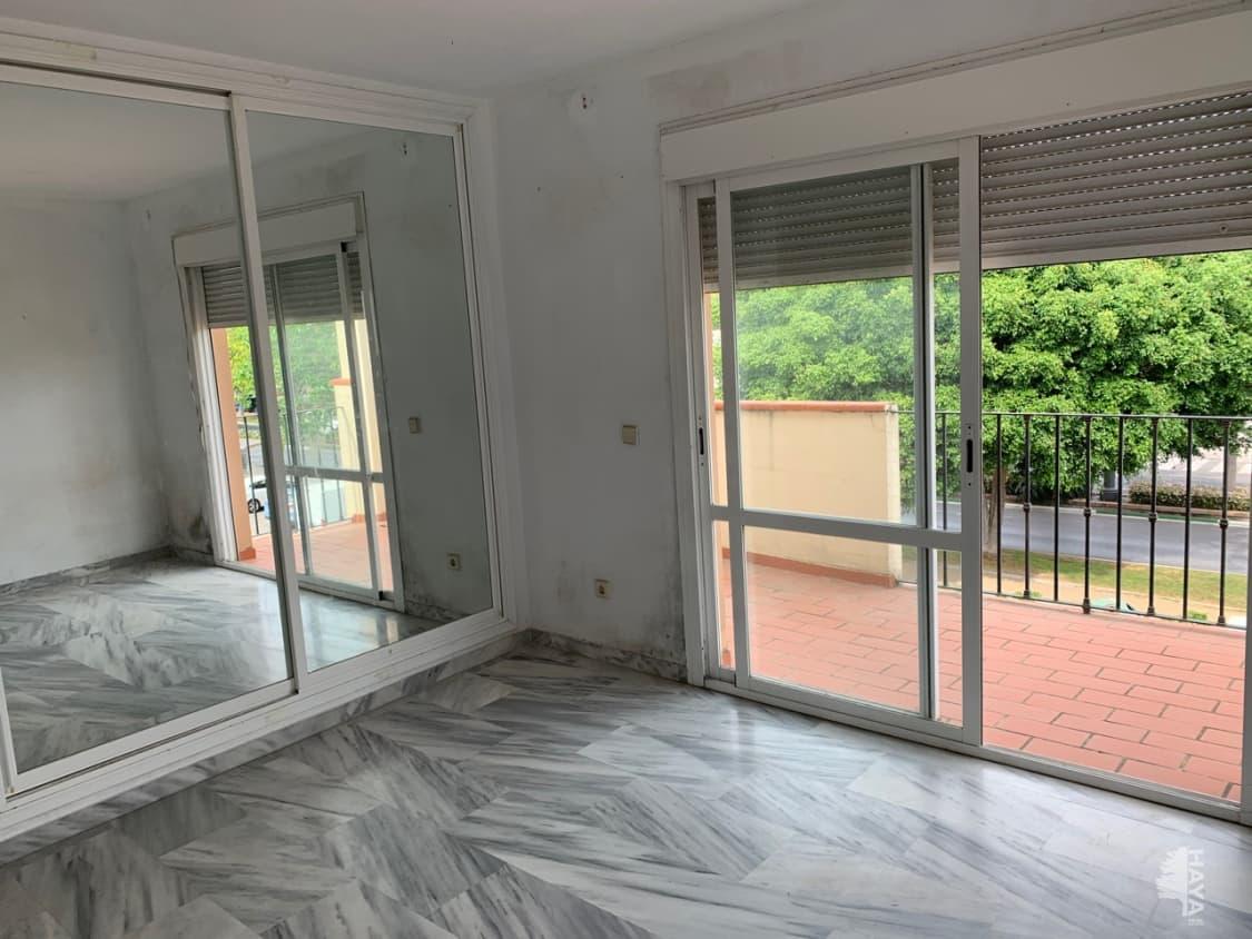 Piso en venta en Estepona, Málaga, Avenida Litoral, 201.000 €, 3 habitaciones, 1 baño, 117 m2