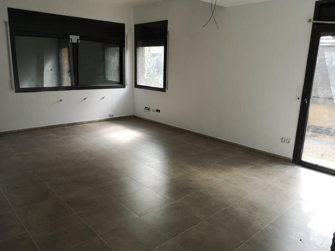 Casa en venta en Bonmatí, Sant Julià del Llor I Bonmatí, Girona, Calle Jordi Pujol, 190.800 €, 4 habitaciones, 3 baños, 221 m2