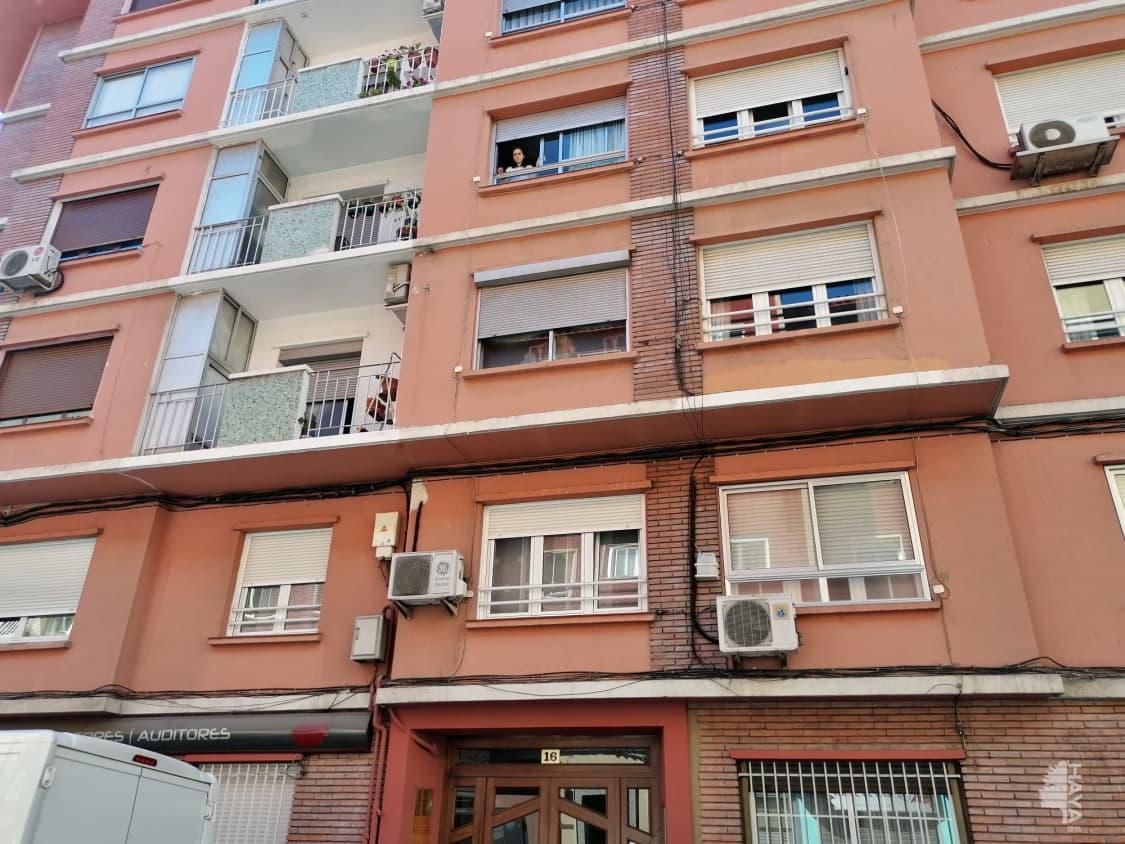 Piso en venta en La Magdalena, Zaragoza, Zaragoza, Calle Reina Fabiola, 106.700 €, 3 habitaciones, 1 baño, 83 m2