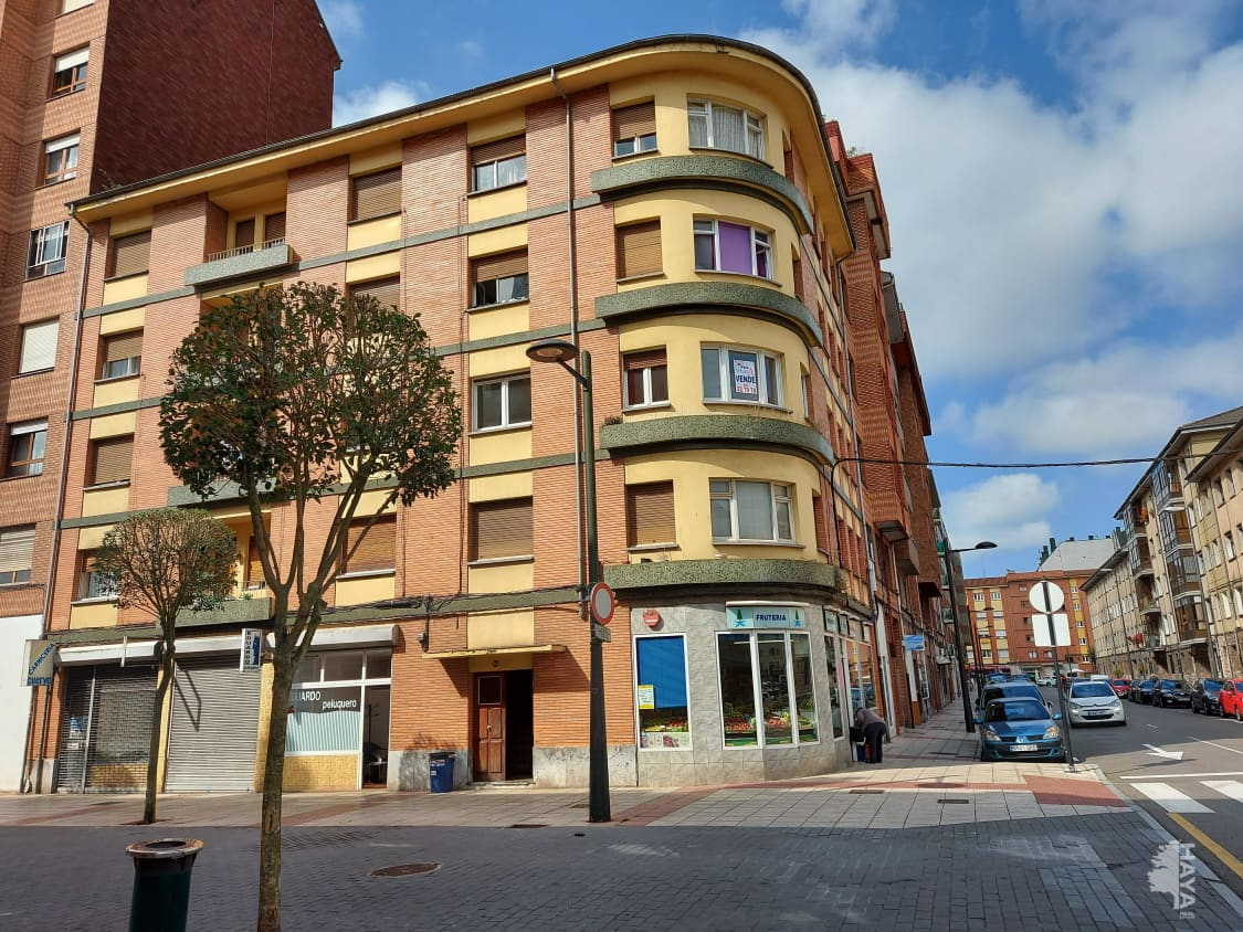 Piso en venta en San Lázaro Y Otero, Oviedo, Asturias, Calle Rio Piloña, 53.500 €, 3 habitaciones, 1 baño, 81 m2