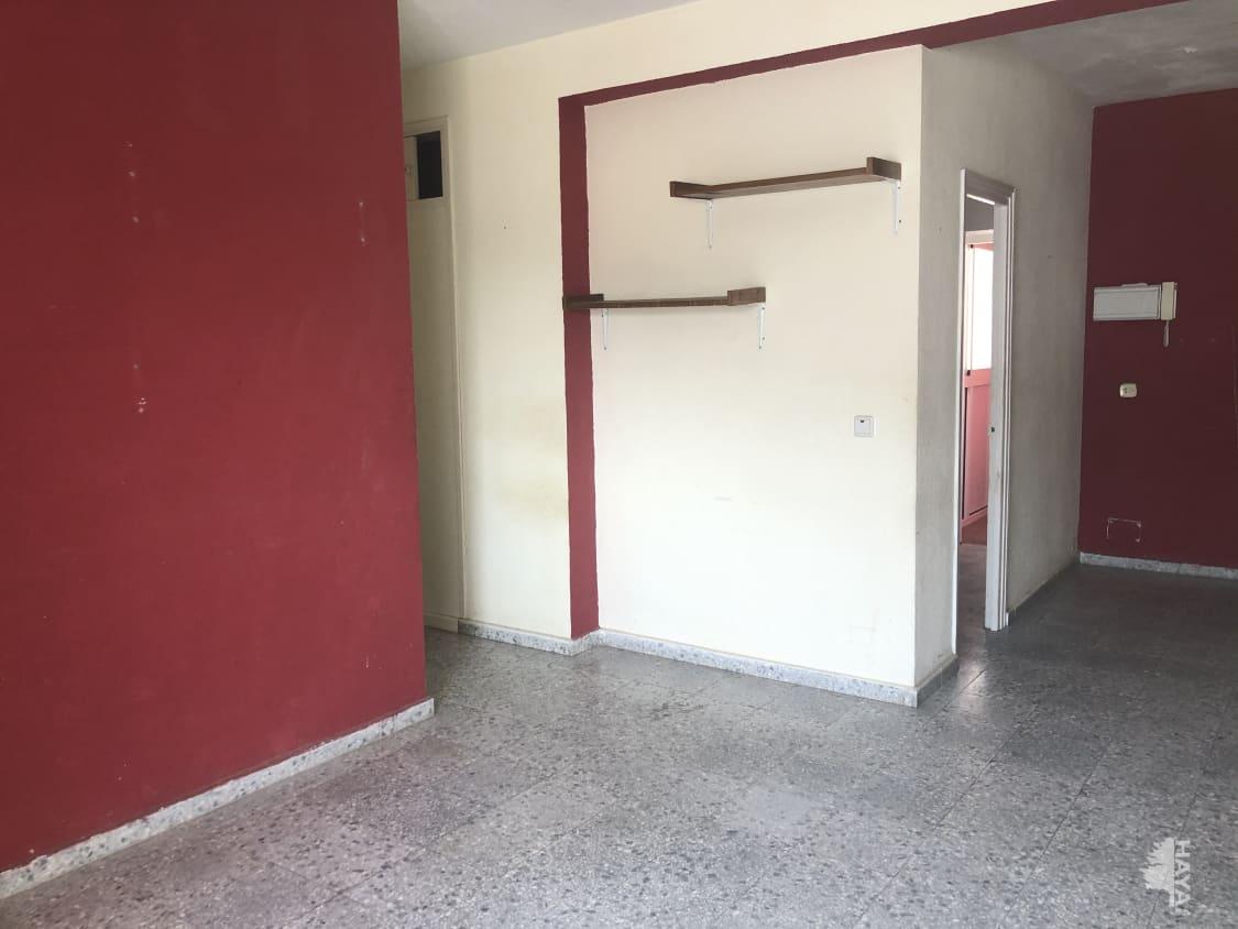Piso en venta en Piso en Algeciras, Cádiz, 63.000 €, 3 habitaciones, 1 baño, 84 m2