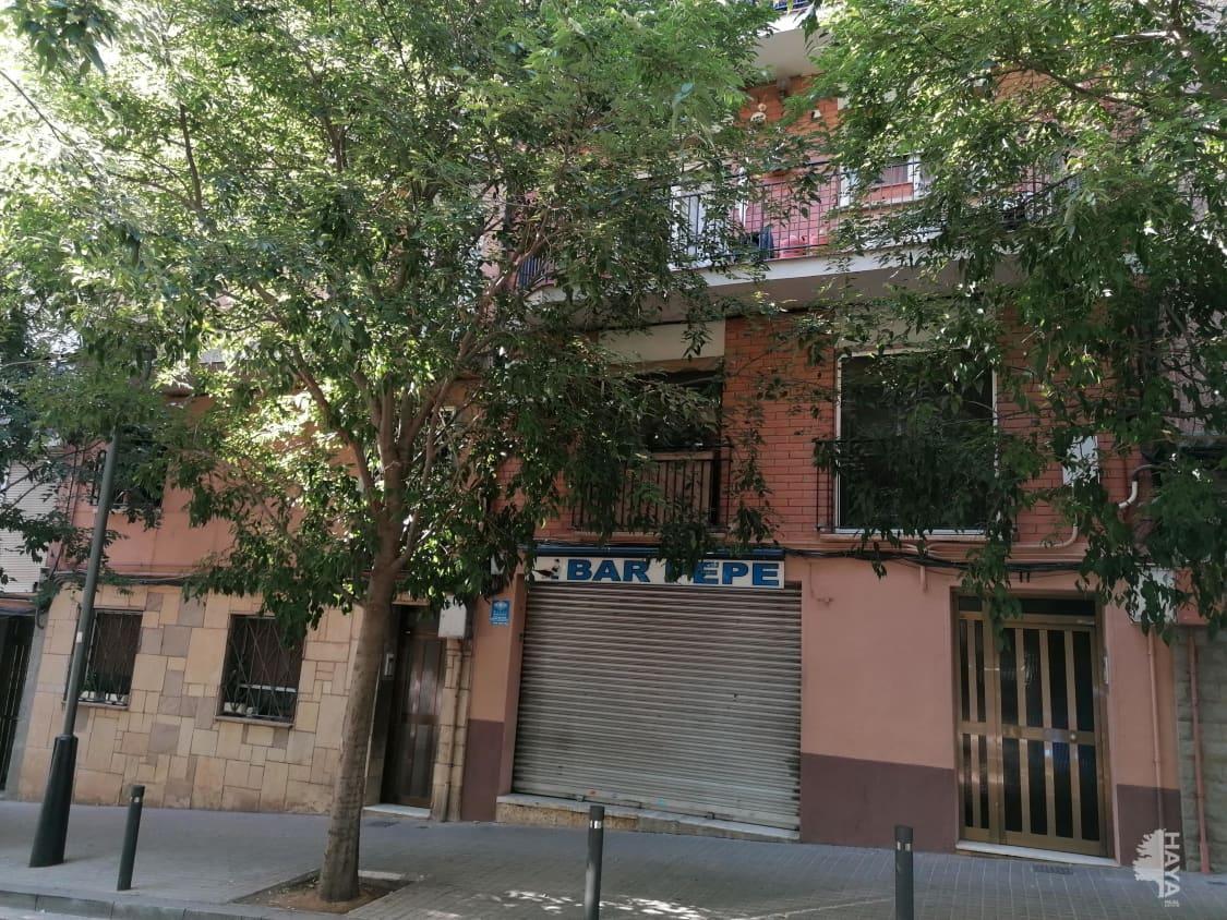 Piso en venta en Santa Coloma de Gramenet, Barcelona, Calle Pirineus, 112.300 €, 3 habitaciones, 1 baño, 87 m2