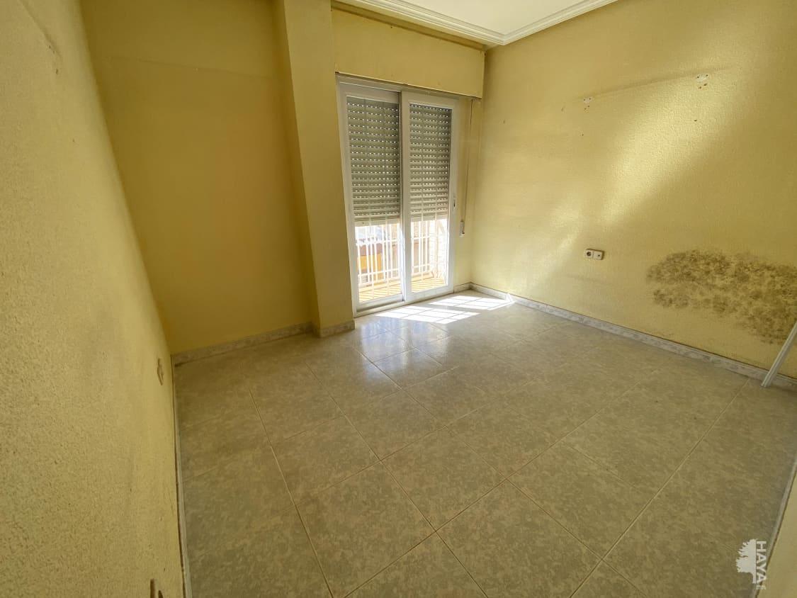 Piso en venta en Cartagena, Murcia, Calle Eloy Gonzalo, 102.000 €, 4 habitaciones, 1 baño, 138 m2