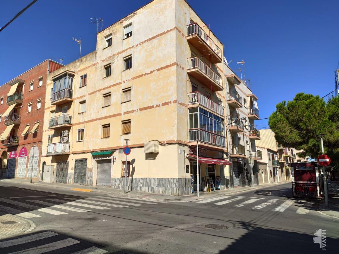 Piso en venta en Bonavista, Tarragona, Tarragona, Calle Dotze, 30.300 €, 3 habitaciones, 1 baño, 83 m2