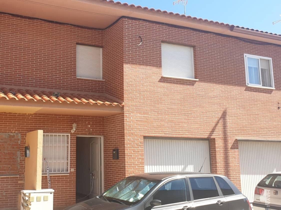 Casa en venta en Yepes, Toledo, Calle Miguel de Cervantes, 79.000 €, 3 habitaciones, 1 baño, 131 m2