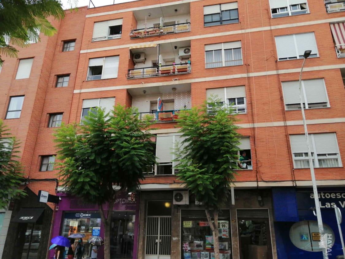 Piso en venta en Alcantarilla, Murcia, Avenida Martinez Campos, 72.800 €, 3 habitaciones, 1 baño, 119 m2
