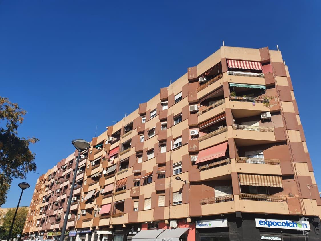Piso en venta en Alaquàs, Valencia, Calle Vicente Andres Estelles, 89.890 €, 3 habitaciones, 1 baño, 111 m2