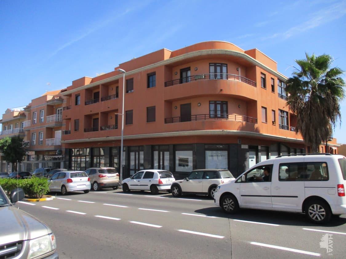 Piso en venta en Sobre la Fuente, Granadilla de Abona, Santa Cruz de Tenerife, Avenida de Abona, 78.363 €, 1 habitación, 1 baño, 104 m2