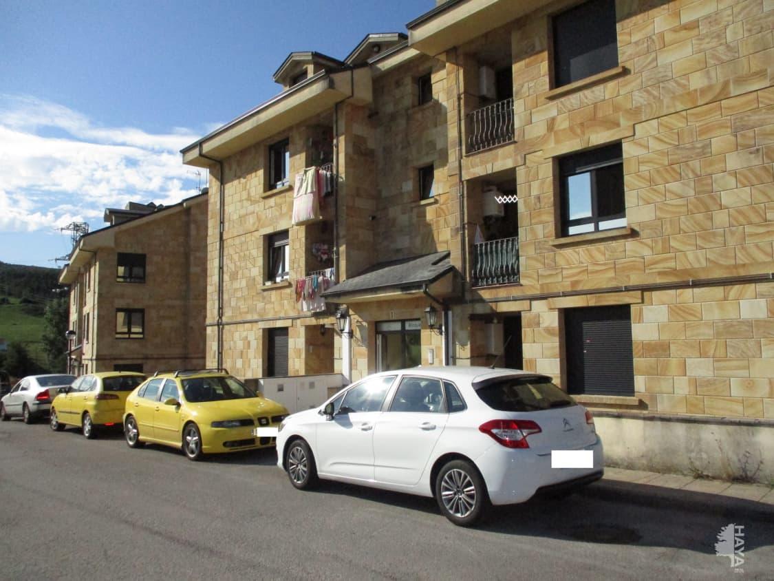 Piso en venta en Beranga, Hazas de Cesto, Cantabria, Calle Colonia El Meson, Bj, 88.000 €, 3 habitaciones, 2 baños, 93 m2