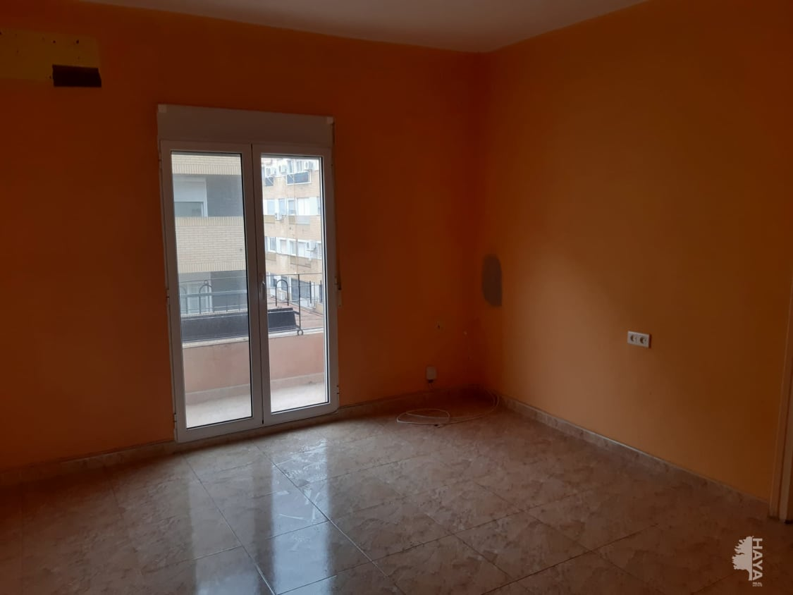 Piso en venta en Valencia, Valencia, Calle Bechi, 52.500 €, 3 habitaciones, 1 baño, 70 m2