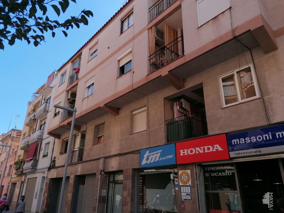Piso en venta en Santa Coloma de Gramenet, Barcelona, Calle Pompeu Fabra, Ático, 117.250 €, 2 habitaciones, 1 baño, 67 m2