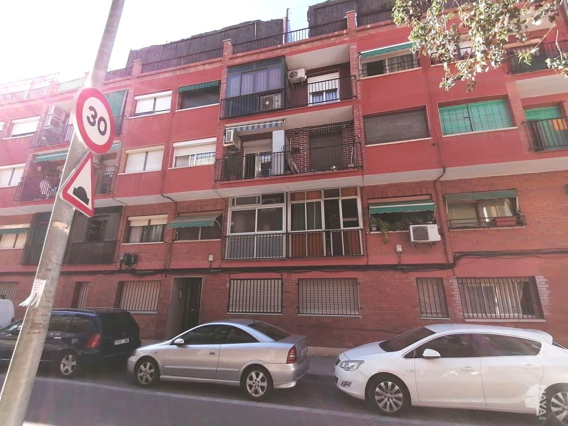 Piso en venta en Santa Coloma de Gramenet, Barcelona, Calle Dalt Dels Banus, 82.800 €, 3 habitaciones, 1 baño, 53 m2