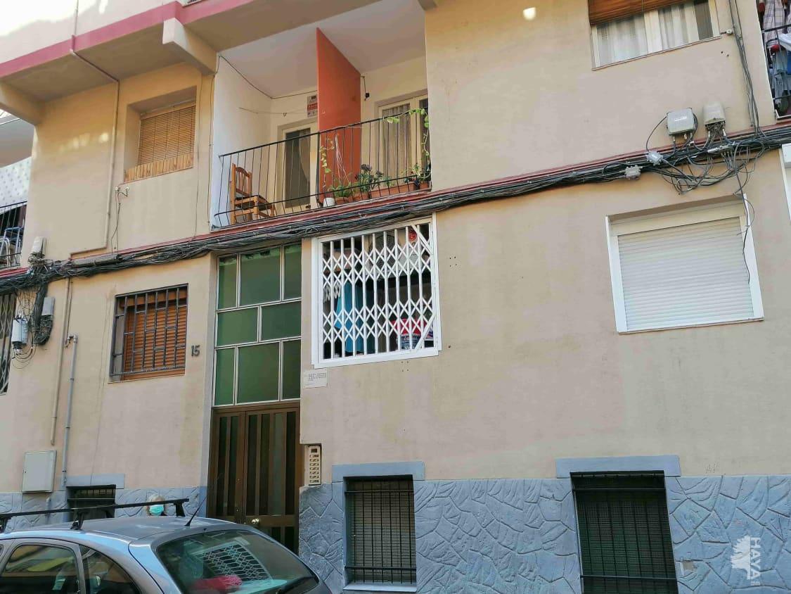 Piso en venta en Santa Coloma de Gramenet, Barcelona, Calle Roviralta, 91.200 €, 3 habitaciones, 1 baño, 65 m2