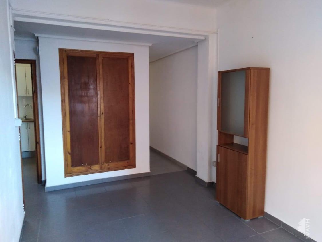 Piso en venta en Urbanización Penyeta Roja, Castellón de la Plana/castelló de la Plana, Castellón, Calle Pintor Vergara, 46.900 €, 2 habitaciones, 1 baño, 62 m2
