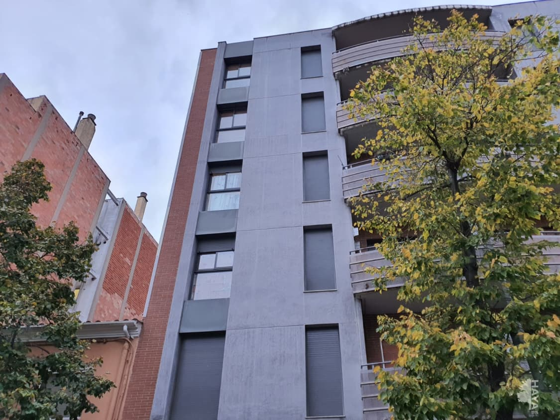 Piso en venta en Salt, Girona, Pasaje Paisos Catalans, 103.000 €, 3 habitaciones, 2 baños, 84 m2