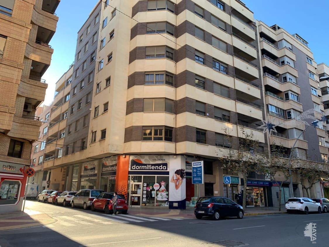 Piso en venta en Vila-real, Castellón, Calle Av Francesc Tarrega, 140.904 €, 4 habitaciones, 2 baños, 148 m2