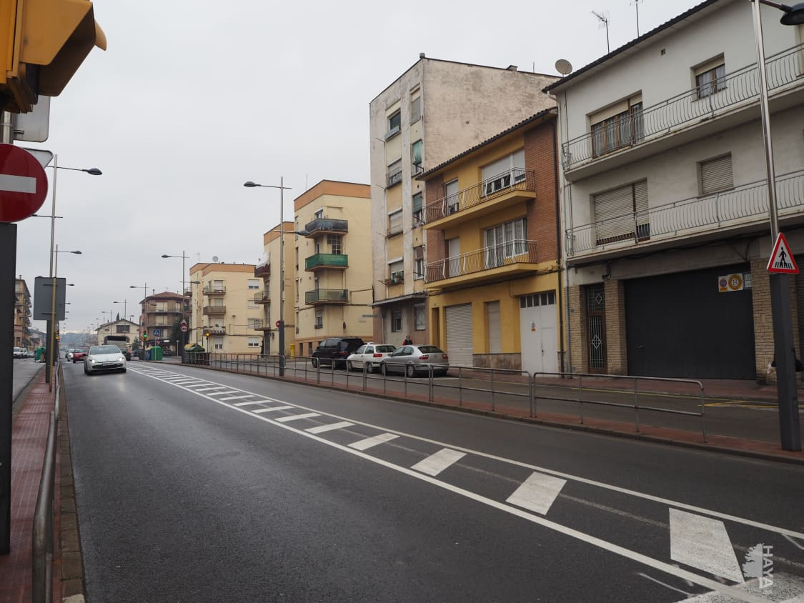 Piso en venta en Manlleu, Barcelona, Pasaje Sant Joan, 64.900 €, 1 baño, 77 m2