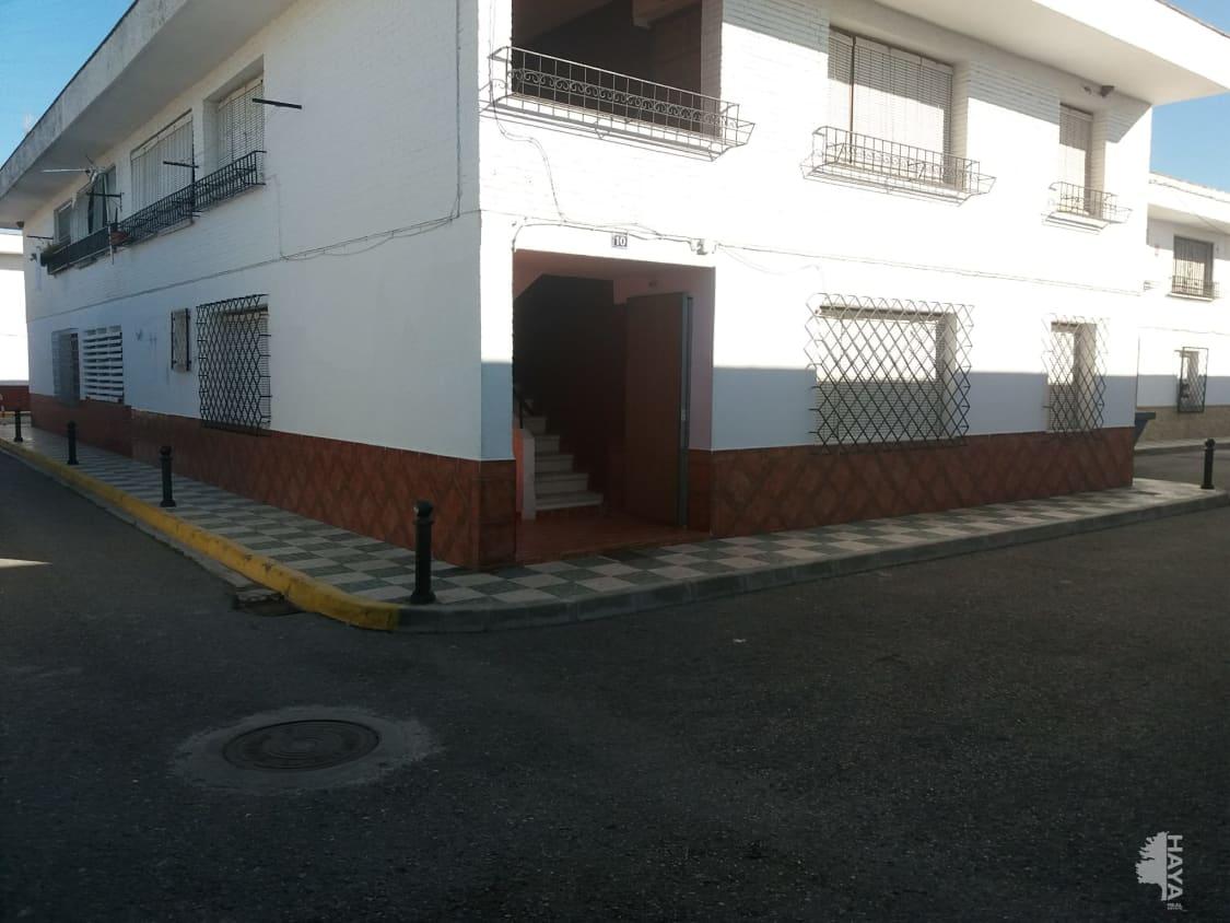Piso en venta en Fuente Vaqueros, Granada, Calle General Bautista, 79.300 €, 3 habitaciones, 1 baño, 101 m2