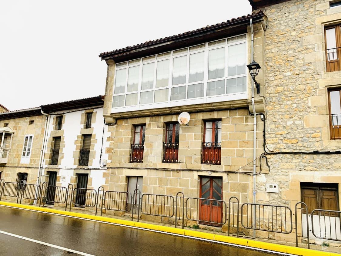 Piso en venta en Valle de Valdebezana, Burgos, Calle Nicolas Garcia (soncillo), 69.200 €, 4 habitaciones, 1 baño, 134 m2