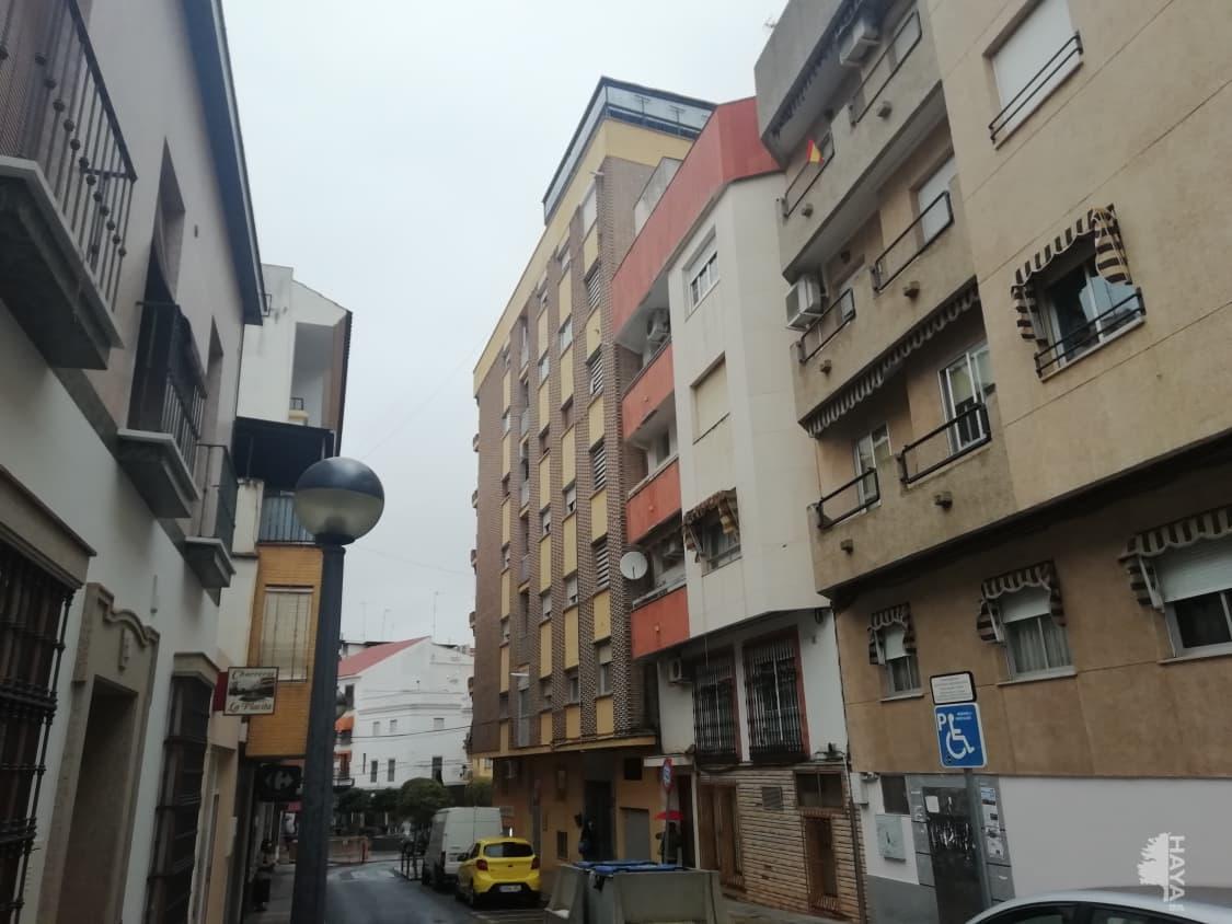 Piso en venta en Almendralejo, Badajoz, Calle Cruz, 70.000 €, 3 habitaciones, 1 baño, 119 m2
