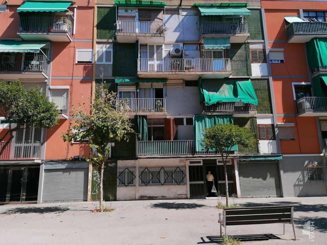 Piso en venta en Badalona, Barcelona, Calle Doctor Modrego, 94.000 €, 2 habitaciones, 1 baño, 54 m2