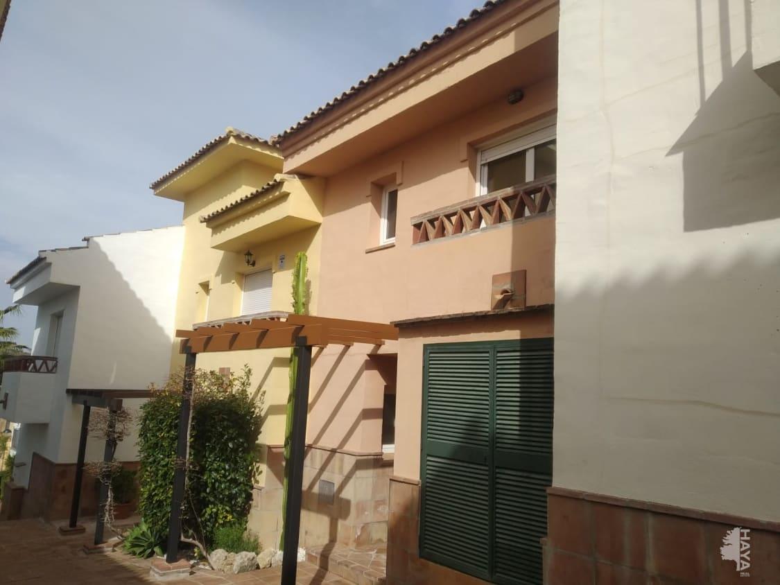 Piso en venta en Alhaurín El Grande, Málaga, Calle Ur 7 Alhaurin Gol, 189.000 €, 2 habitaciones, 2 baños, 69 m2