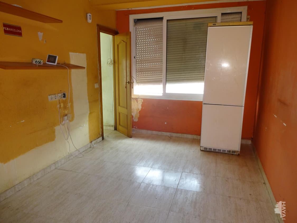 Piso en venta en Mataró, Barcelona, Calle Valencia, 65.800 €, 1 baño, 50 m2