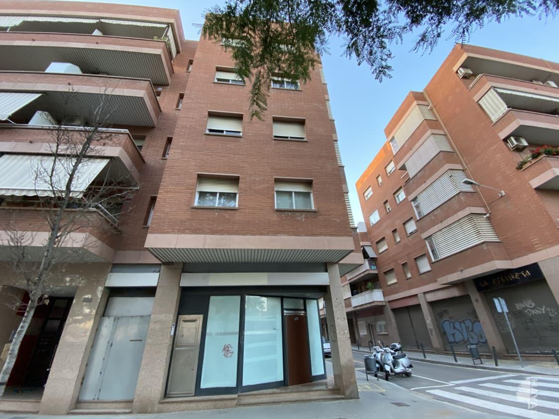 Local en venta en L` Hospitalet de Llobregat, Barcelona, Avenida Carrilet, 194.000 €, 134 m2