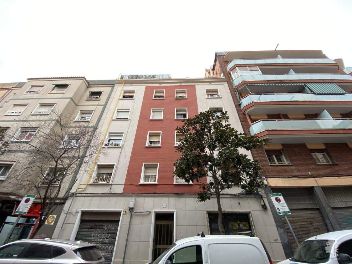 Piso en venta en L` Hospitalet de Llobregat, Barcelona, Calle Rafael Campalans, 80.700 €, 2 habitaciones, 1 baño, 46 m2