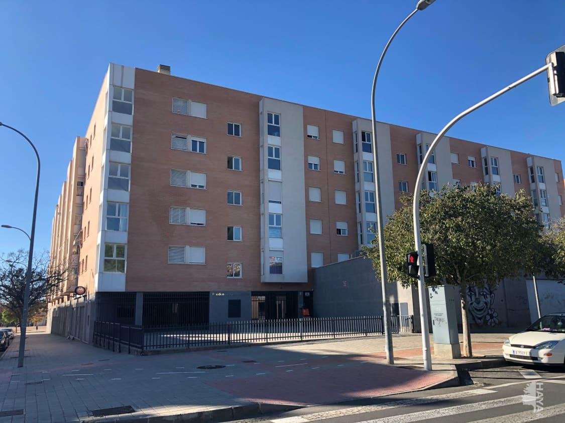 Piso en venta en Parque de la Avenidas, Alicante/alacant, Alicante, Calle los Montesinos, 150.000 €, 3 habitaciones, 2 baños, 181 m2