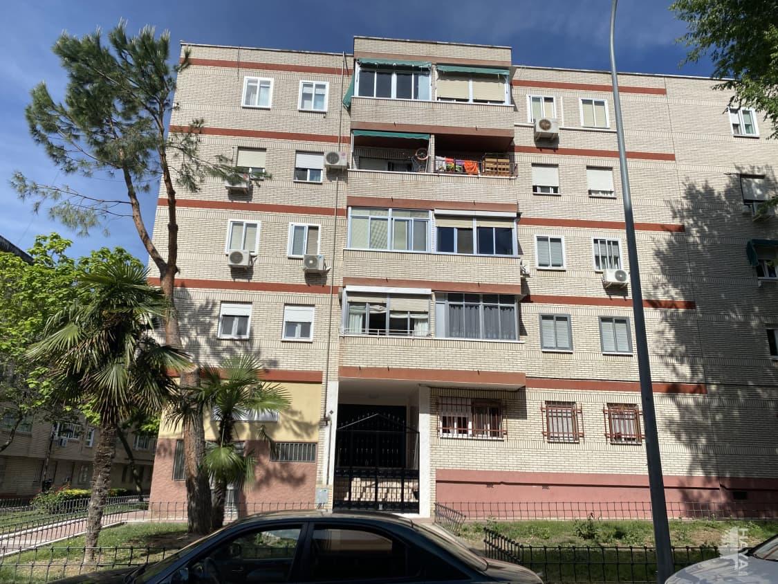 Piso en venta en La Laguna, Parla, Madrid, Calle Maria Cristina, 115.207 €, 3 habitaciones, 1 baño, 82 m2