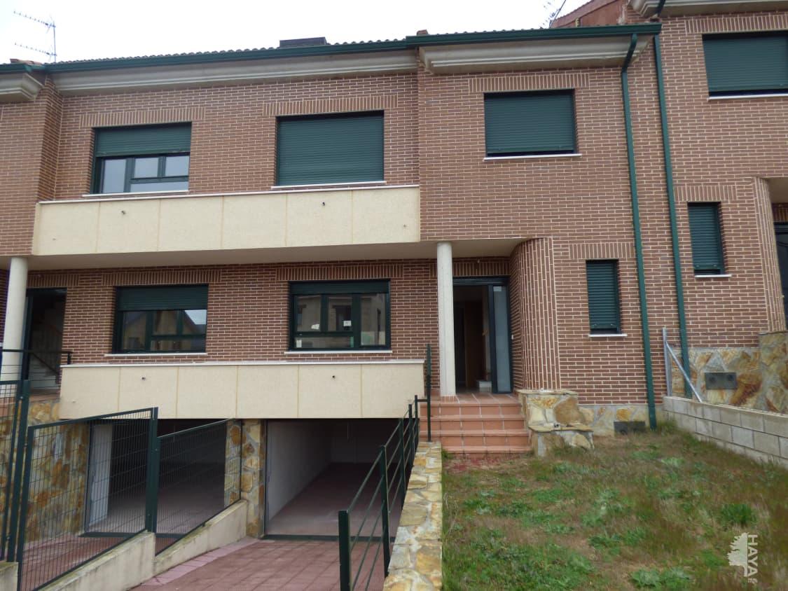 Casa en venta en Las Navas del Marqués, la Navas del Marqués, Ávila, Calle Prado de los Frailes, 156.000 €, 1 baño, 215 m2